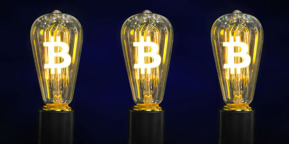 Bitcoin valuation and production cost (3)